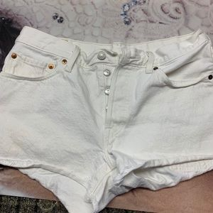 Women's Levi's white button fly shorts size 8